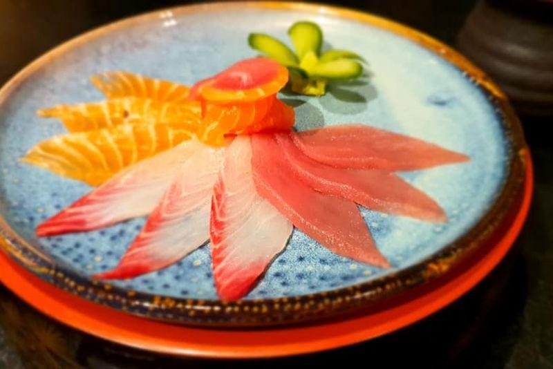 ארוחת אומקסה במסעדת יאקימונו
