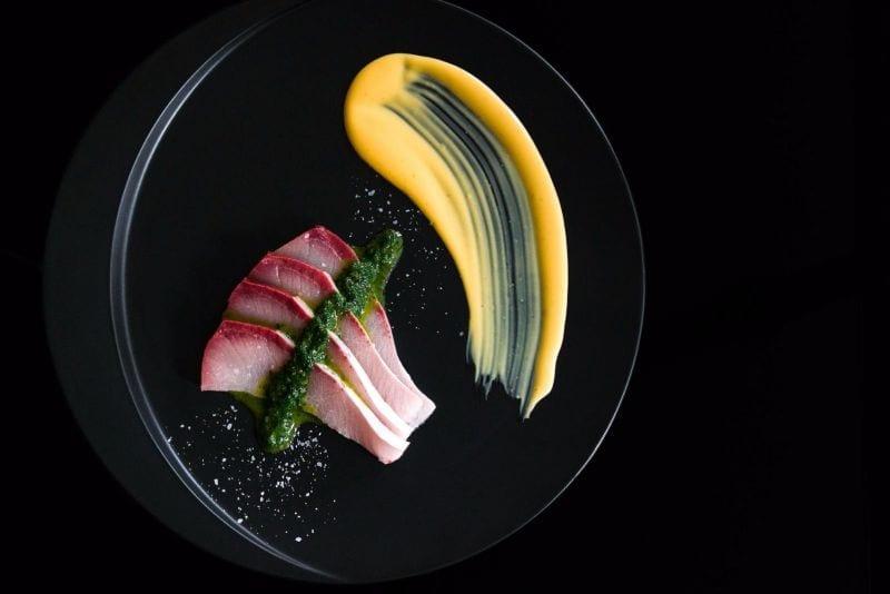 ארוחה ספיישל עם אלכוהול יפני במסעדת Kyoto